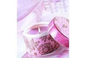 une astuce efficace pour enlever les taches de bougie sur un tissu libertalia. Black Bedroom Furniture Sets. Home Design Ideas