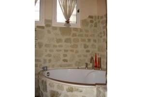 D corer une salle de bain en habillant la baignoire libertalia - Habillage d une baignoire ...